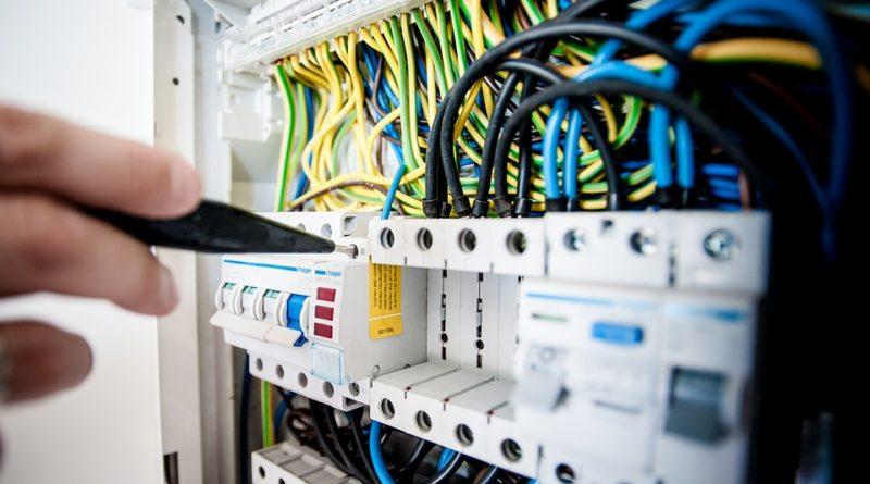 Professionnel de l'électricité