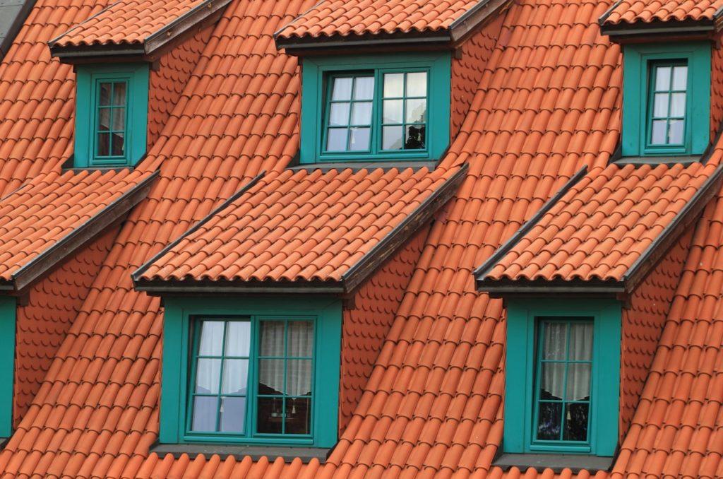 Le toit en pente