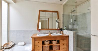 Les meubles de salle de bain en teck, la beauté à l'état brut