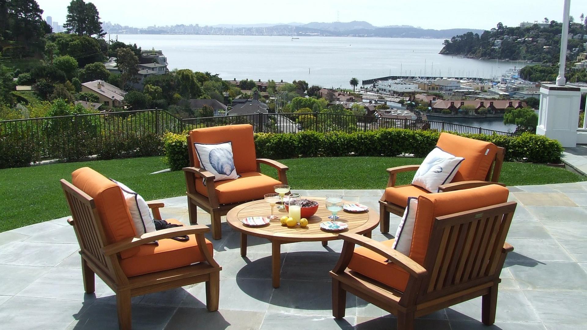Comment Placer Des Dalles De Jardin pourquoi choisir d'installer dalle terrasse sur plot ?