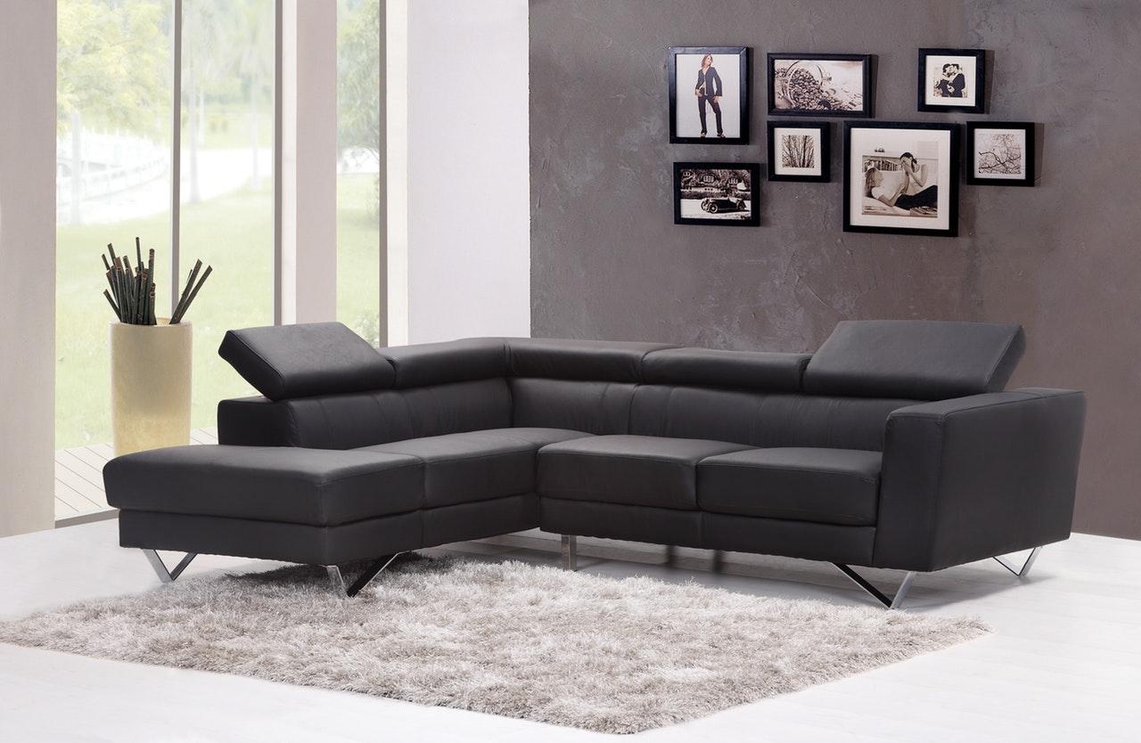 Changer La Couleur D Un Canapé En Cuir le retour du canapé en cuir