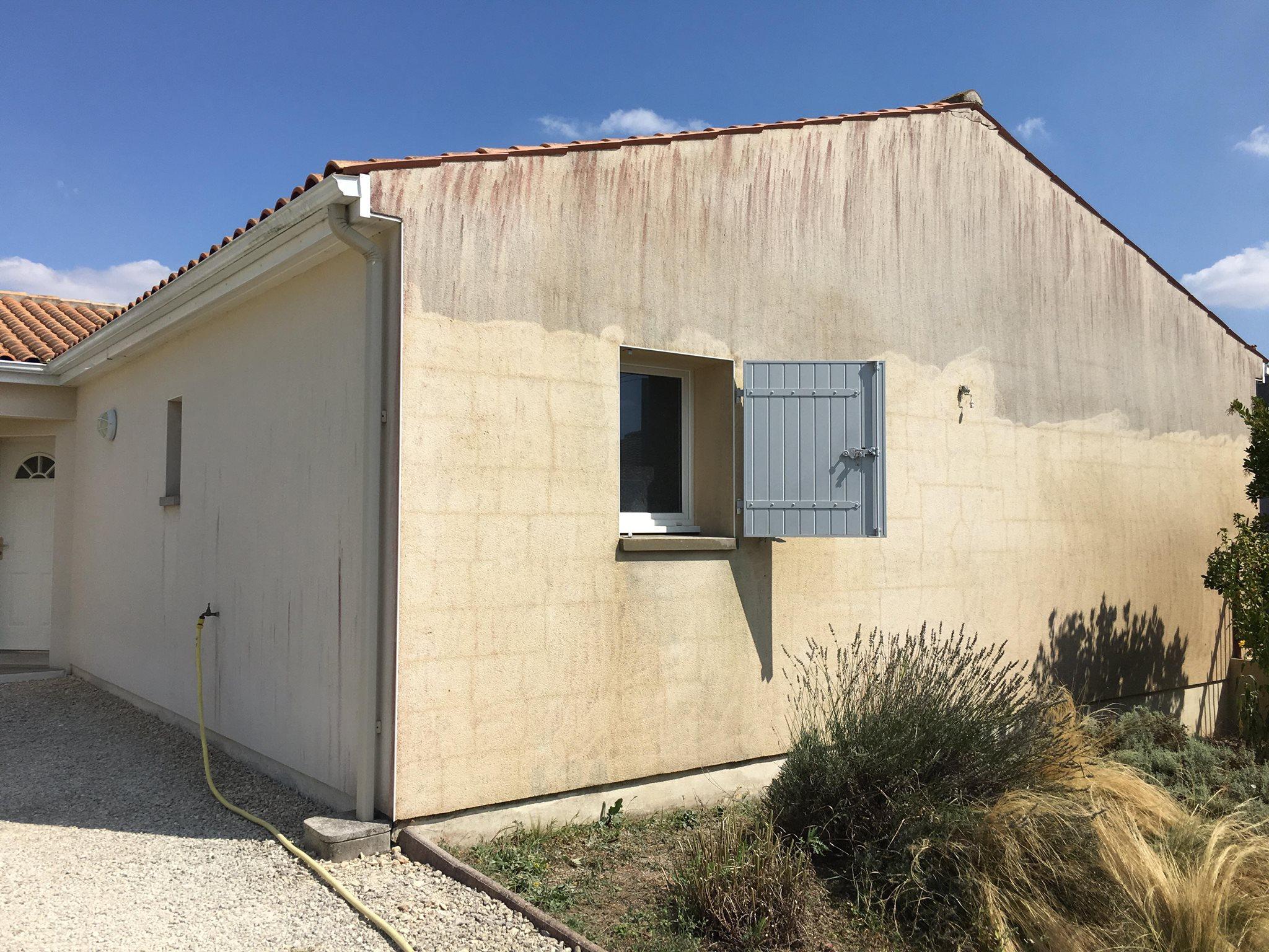 Humidité Dans Une Maison comment lutter contre les remontées humides sur les murs et